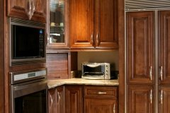 Chocolate Maple Glazed Kitchen Cabinets