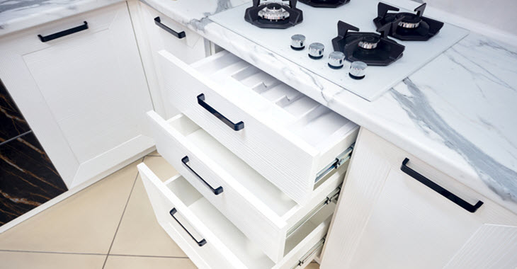 Kitchen Pull-out Cabinet